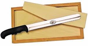 Hi Mountain Jerky Knife with Cutting Board